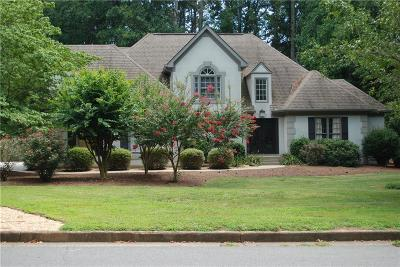 Roswell Single Family Home For Sale: 460 Clubfield Drive