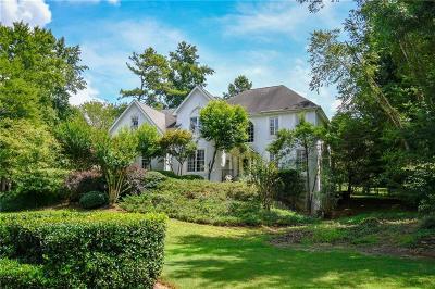 Johns Creek Single Family Home For Sale: 5655 Sandown Way