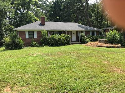 Sandy Springs Single Family Home For Sale: 491 Johnson Ferry Road NE
