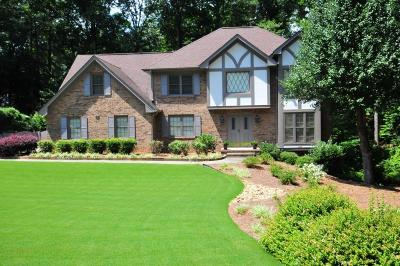 Dunwoody Single Family Home For Sale: 3062 Four Oaks Drive