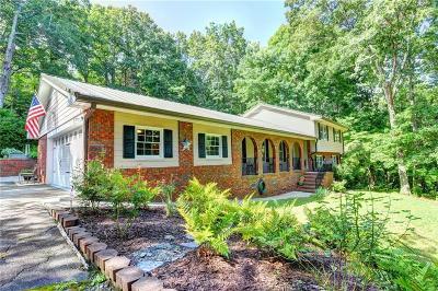 Alpharetta, Cumming, Johns Creek, Milton, Roswell Single Family Home For Sale: 1965 Goldmine Drive
