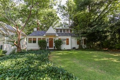 Single Family Home For Sale: 57 Lakeland Drive NW
