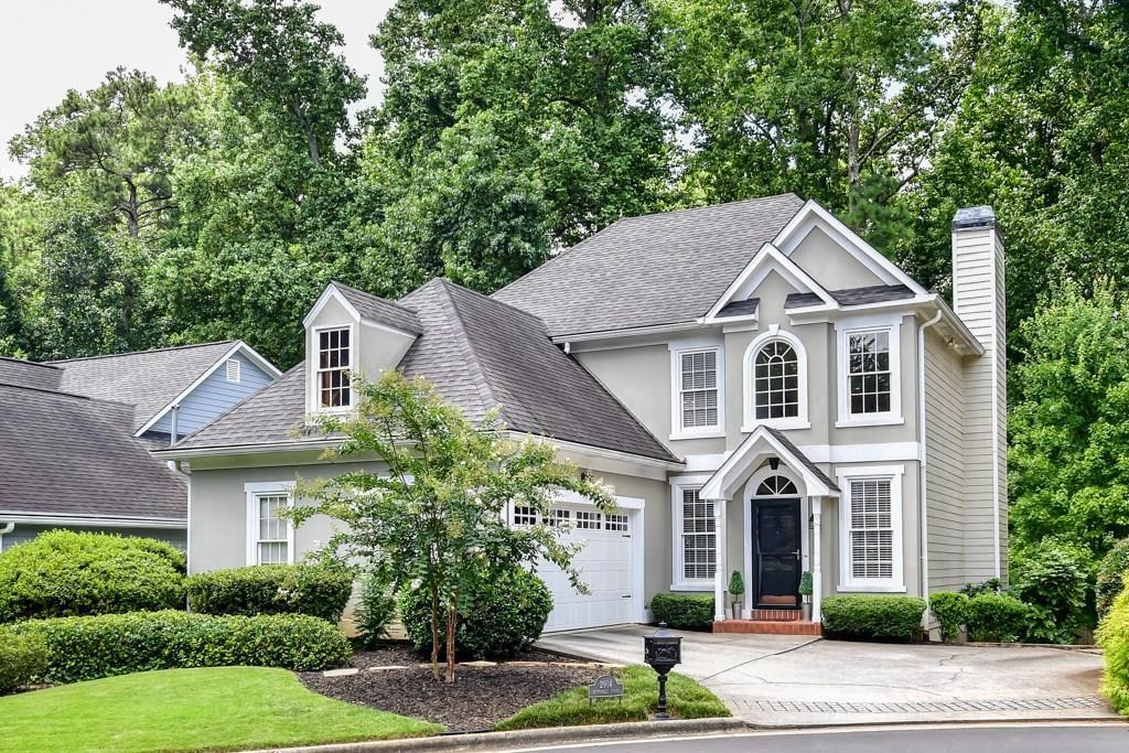 4 Bed 4 Bath Home In Brookhaven For 639 000