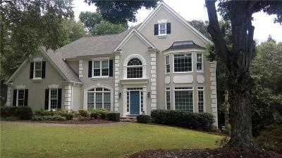 Johns Creek Single Family Home For Sale: 10490 Oxford Mill Circle