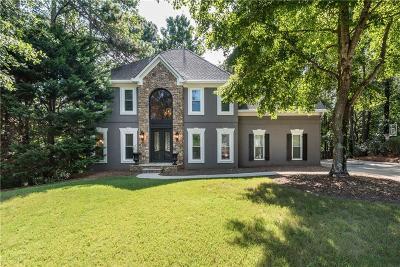 Woodstock Single Family Home For Sale: 1045 Longwood Drive