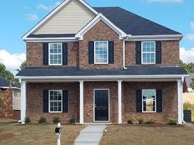 Stockbridge Single Family Home For Sale: 661 Armitage Way