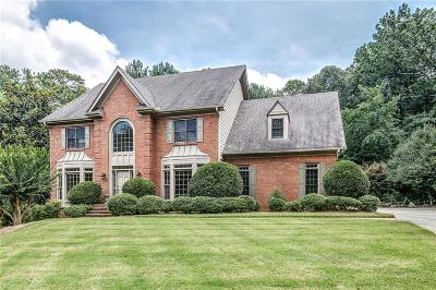 Sandy Springs Single Family Home For Sale: 7435 Stoneykirk Close