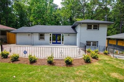 East Atlanta Single Family Home For Sale: 2187 Cloverdale Drive SE