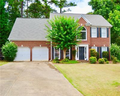 Suwanee Single Family Home For Sale: 3593 Brookefall Court