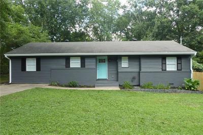 Smyrna Single Family Home For Sale: 2711 Sherwood Road SE