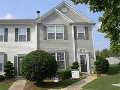 Alpharetta  Condo/Townhouse For Sale: 2711 Ashleigh Lane