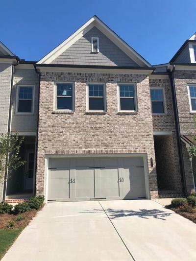 Roswell Condo/Townhouse For Sale: 10154 Windalier Way