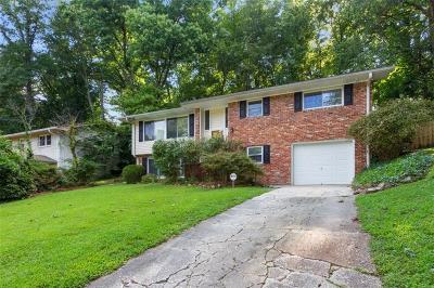 Atlanta Single Family Home For Sale: 2212 Capehart Circle NE