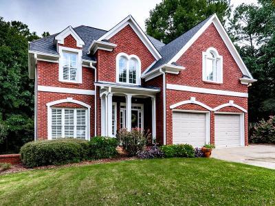 Canton Single Family Home For Sale: 724 Tall Oaks Drive