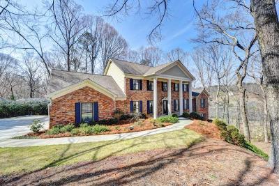 Sandy Springs Single Family Home For Sale: 990 Buckhorn E