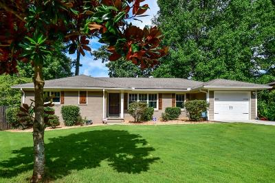 Single Family Home For Sale: 2369 Cloverdale Drive SE
