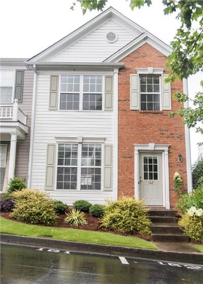 Alpharetta GA Condo/Townhouse For Sale: $204,900
