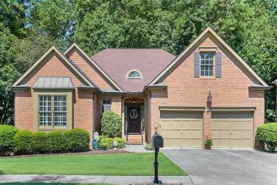 Johns Creek Single Family Home For Sale: 800 Lake Medlock Drive