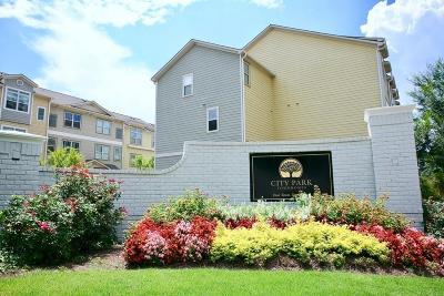 Atlanta Condo/Townhouse For Sale: 216 Semel Drive NW #378
