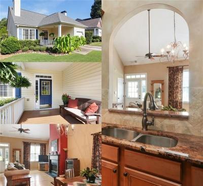 Single Family Home For Sale: 724 Gardenside Circle SE