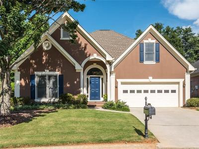 Roswell Single Family Home For Sale: 815 Doe Hill Lane