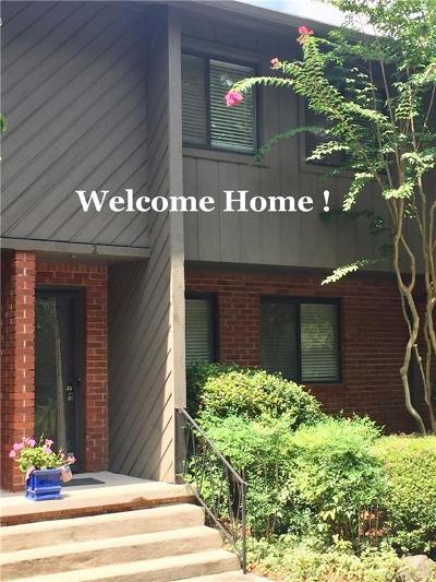 Atlanta Condo/Townhouse For Sale: 1624 Briarcliff Road NE #2