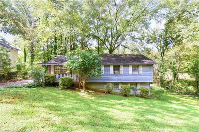 Smyrna Single Family Home For Sale: 2634 Linnwood Drive SE