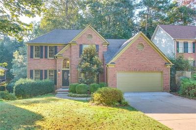 Alpharetta Single Family Home For Sale: 5515 Ashwind Trace