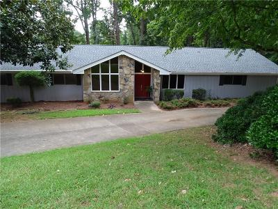 Roswell  Single Family Home For Sale: 725 Brookfield Parkway