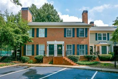 Sandy Springs Condo/Townhouse For Sale: 20 Mount Vernon Circle