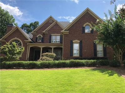 Alpharetta Single Family Home For Sale: 695 Saint Regis Lane