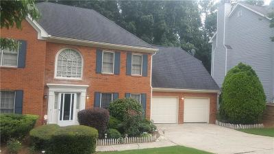 Alpharetta Single Family Home For Sale: 3495 Waters Glen Way