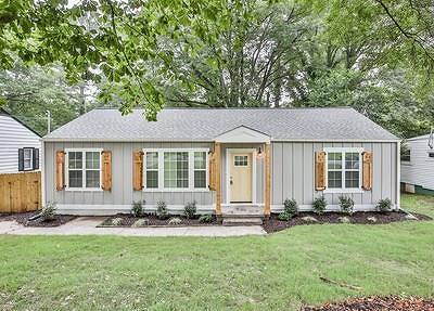 Atlanta GA Single Family Home For Sale: $259,900