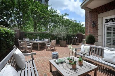 Cobb County, Fulton County Condo/Townhouse For Sale: 2724 Peachtree Road NW #101