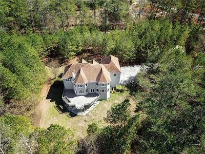 Lithonia Single Family Home For Sale: 8340 Pleasant Hill Road
