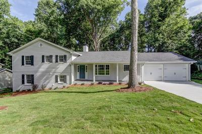 Sandy Springs Single Family Home For Sale: 535 Tanacrest Circle