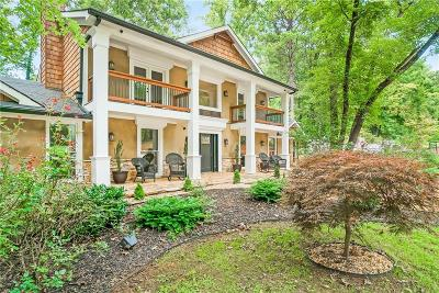 Woodstock Single Family Home For Sale: 2697 S Cherokee Lane