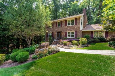 Roswell  Single Family Home For Sale: 340 Knoll Woods Terrace