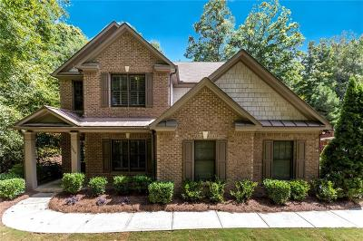 Alpharetta  Single Family Home For Sale: 3046 Highland Pass