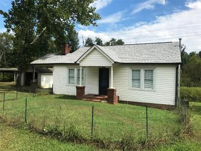 Resaca Single Family Home For Sale: 4381 S Dixie Highway