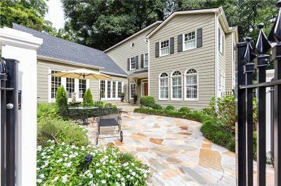 Single Family Home For Sale: 10 Montclair Drive NE