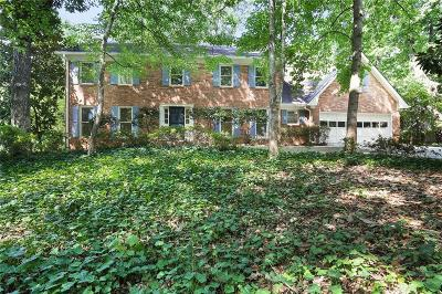 Dunwoody Single Family Home For Sale: 1334 Vernon North Drive