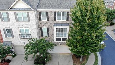 Norcross Condo/Townhouse For Sale: 5725 Pine Oak Drive