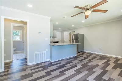Single Family Home For Sale: 1937 Casey Drive SE