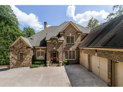 Sandy Springs Single Family Home For Sale: 546 Londonberry Road