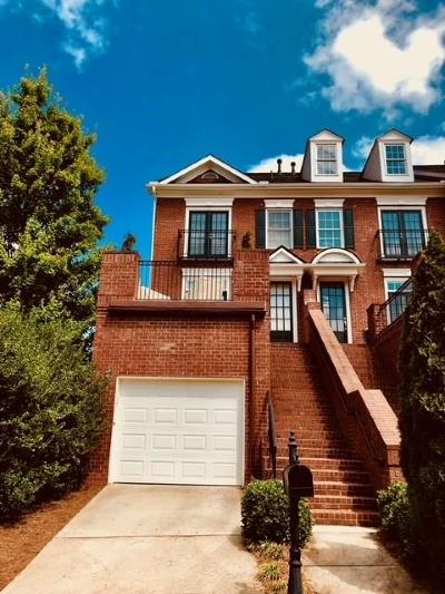 Roswell Condo/Townhouse For Sale: 5901 Waters Edge Trail