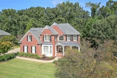 Canton Single Family Home For Sale: 904 Ravenwood Way
