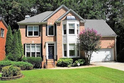 Johns Creek Single Family Home For Sale: 10355 Medridge Circle