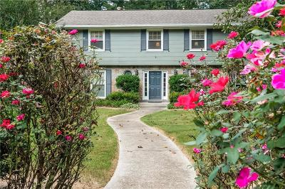 Sandy Springs Single Family Home For Sale: 6320 River Overlook Drive