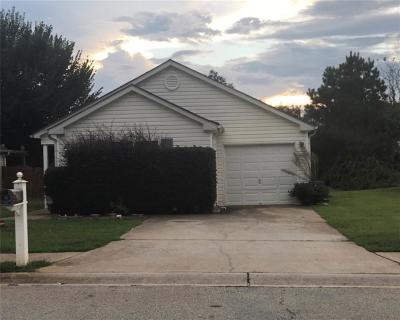 Griffin Single Family Home For Sale: 1631 Hallmark Hills Drive
